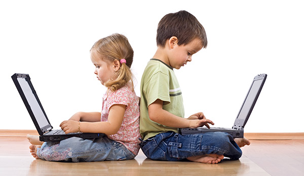 What are digital natives and digital immigrants?